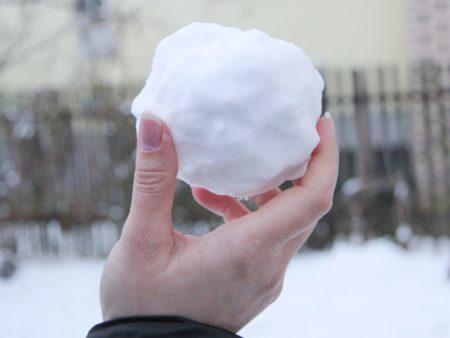 كرات الثلج
